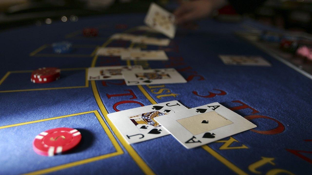 The Exciting Way of Making Money Through Gambling with Tangan Judi